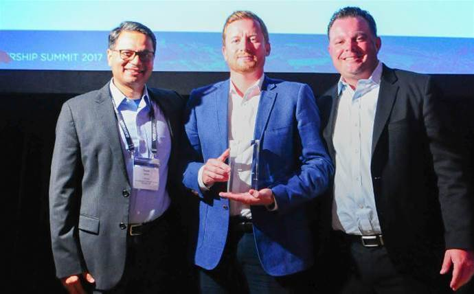 Insight, Data#3 win VMware global partner awards