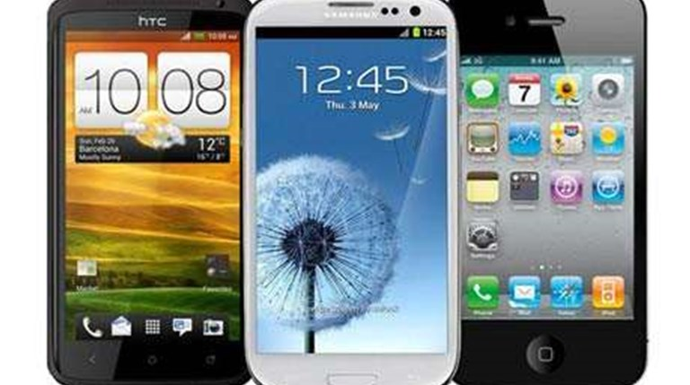 Mobile OS updates shape as turf war