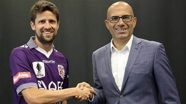 Andreu heads west for Glory