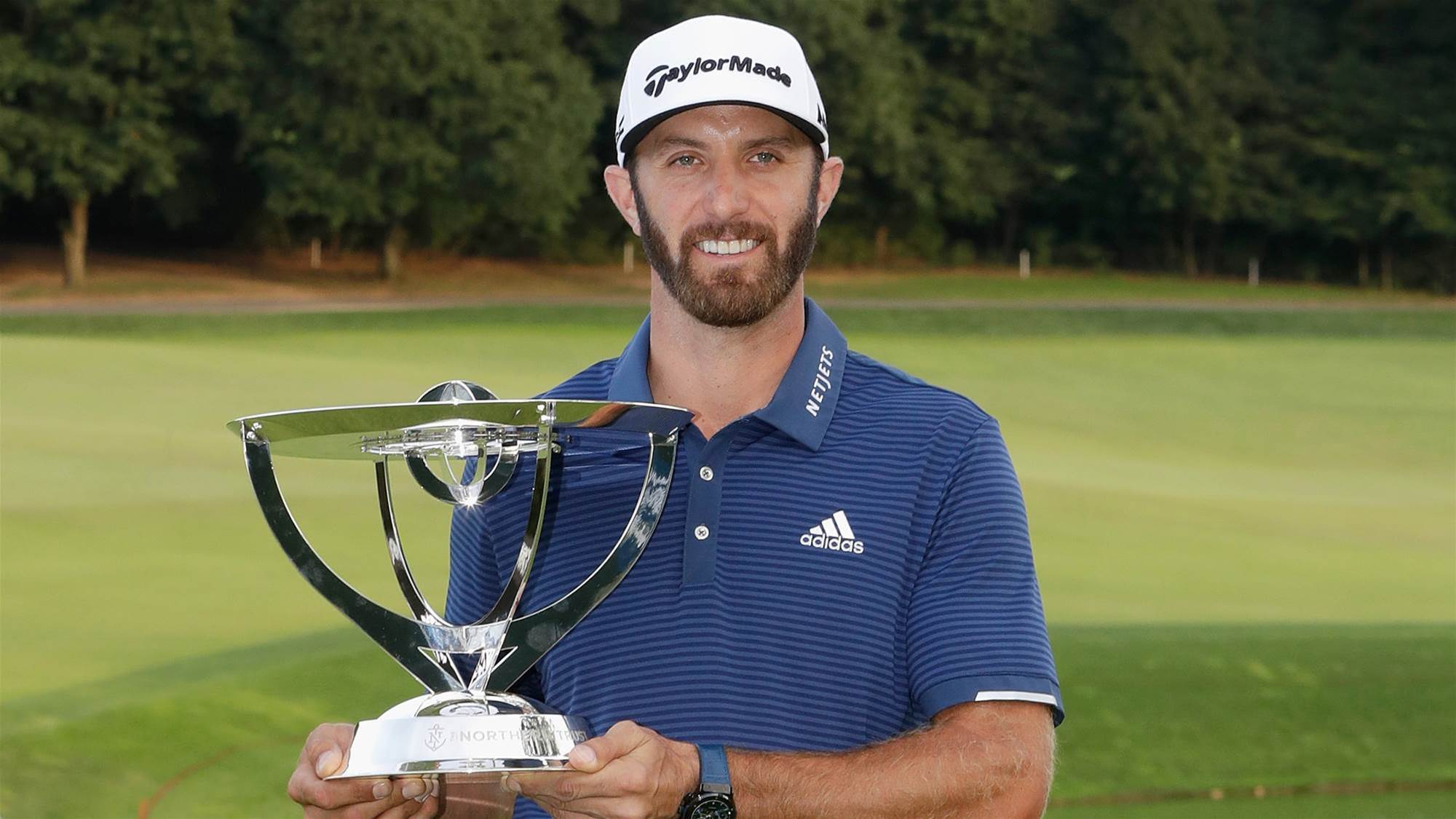 PGA TOUR: Johnson back on top