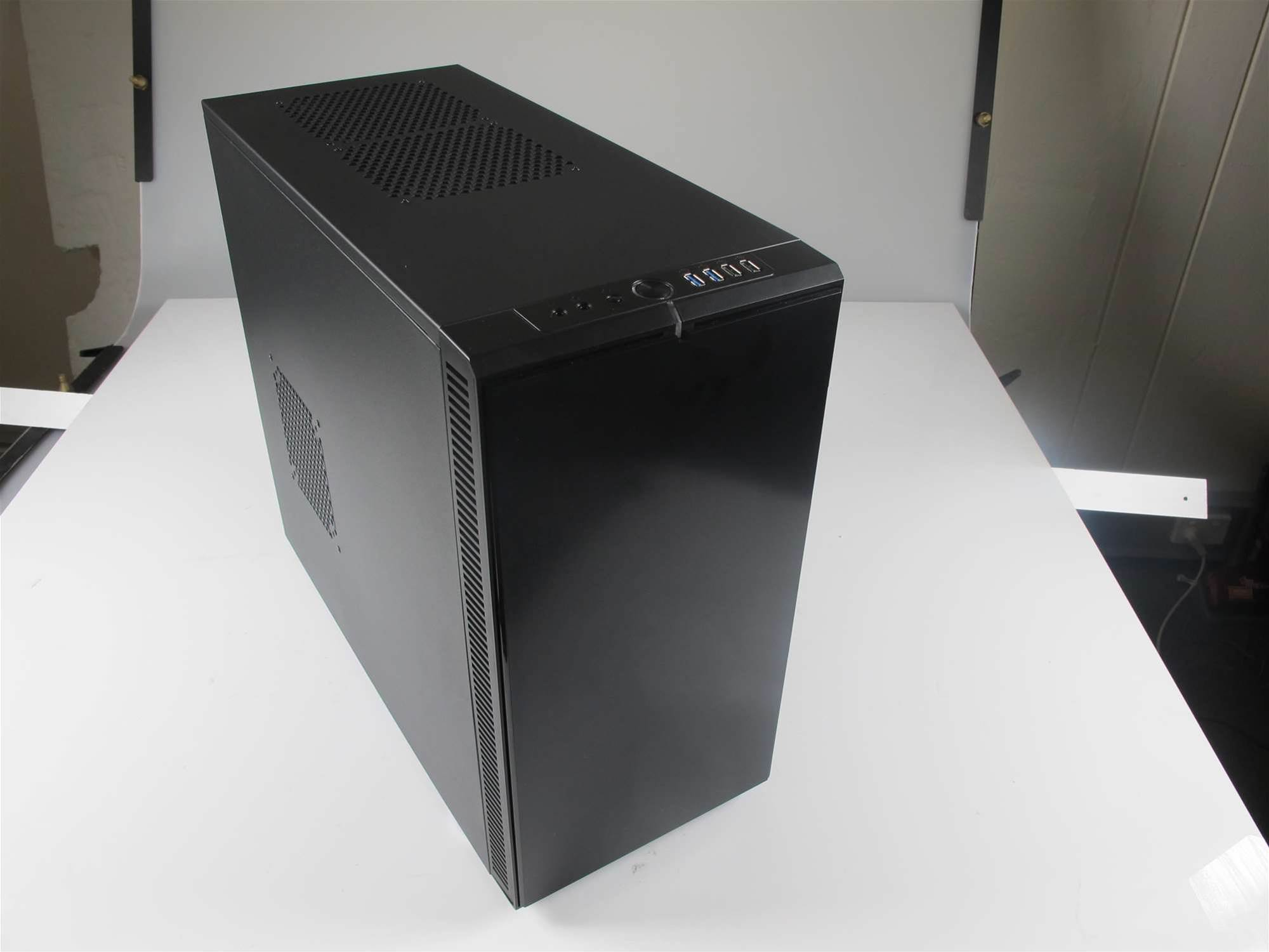 Fractal Design Define R4 Black Pearl - quiet and cool