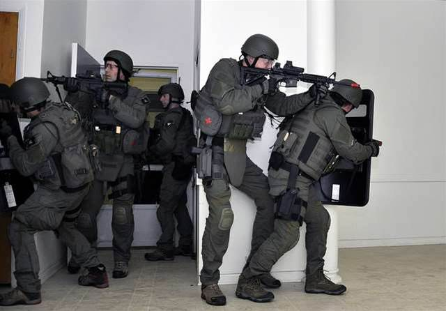 #BlackHat: FBI says learn network defence from SWAT