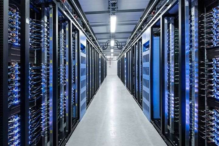 Facebook powers up arctic circle data centre