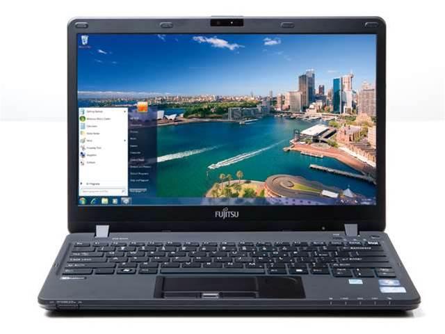 Fujitsu LifeBook SH771 Ultrabook review