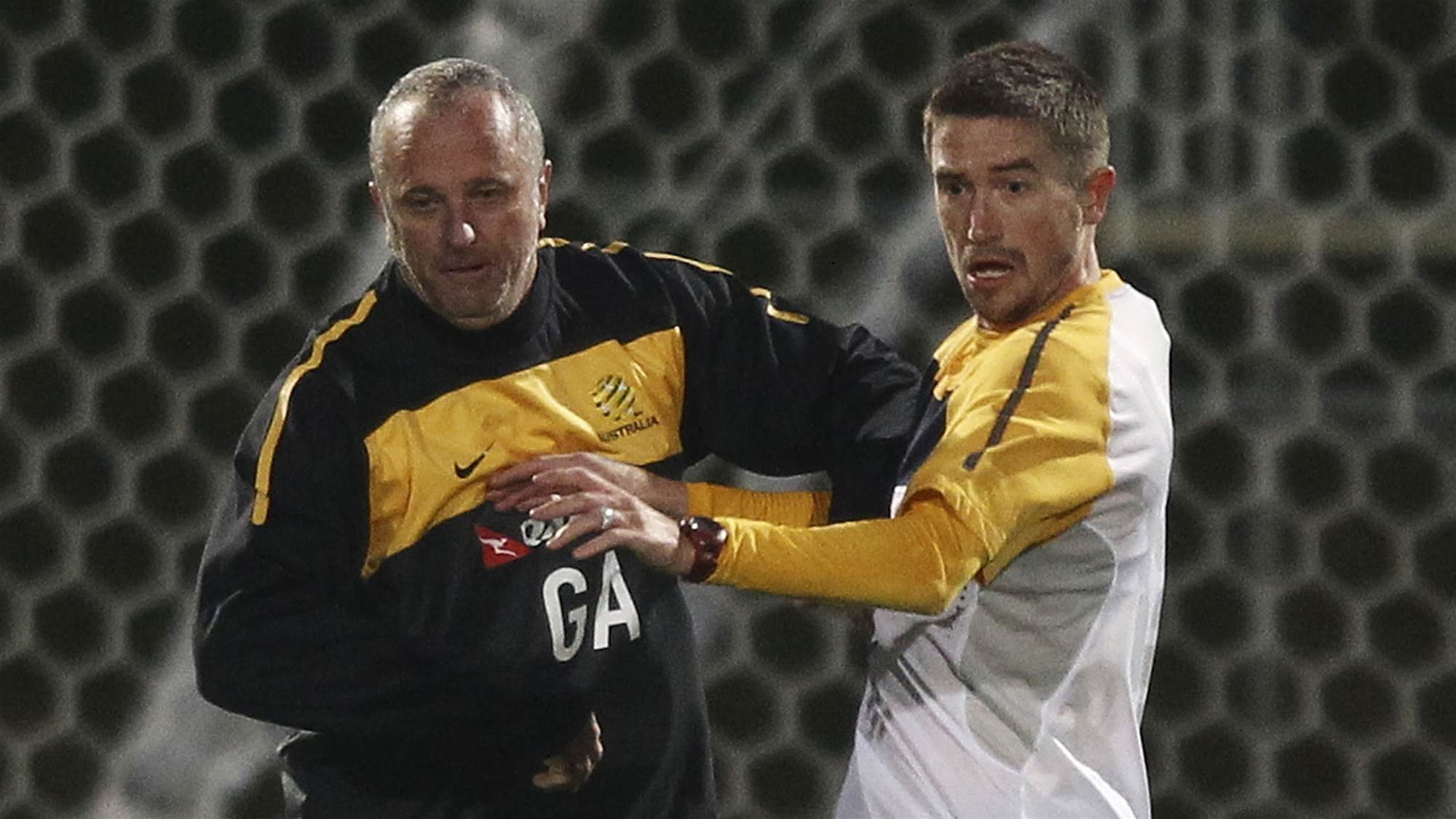 Kewell: Give Arnie the Socceroos job next...