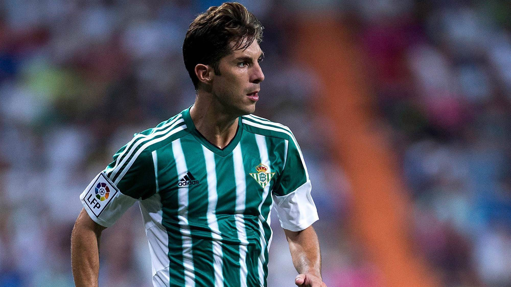 Wanderers sign Spanish winger Alvaro Cejudo