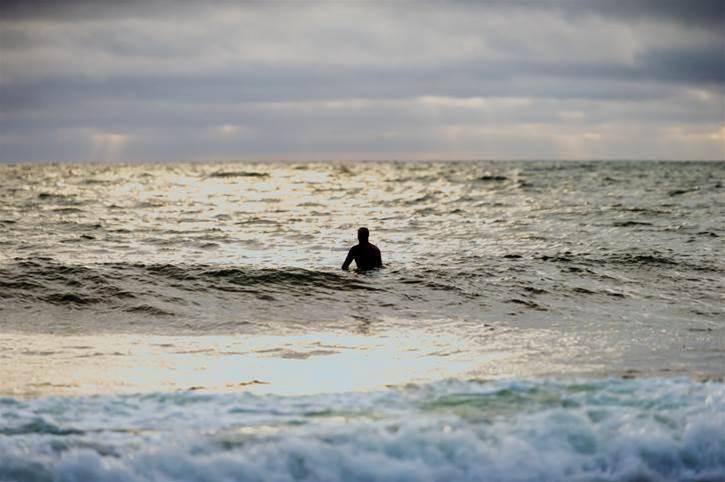 Surfing Alone