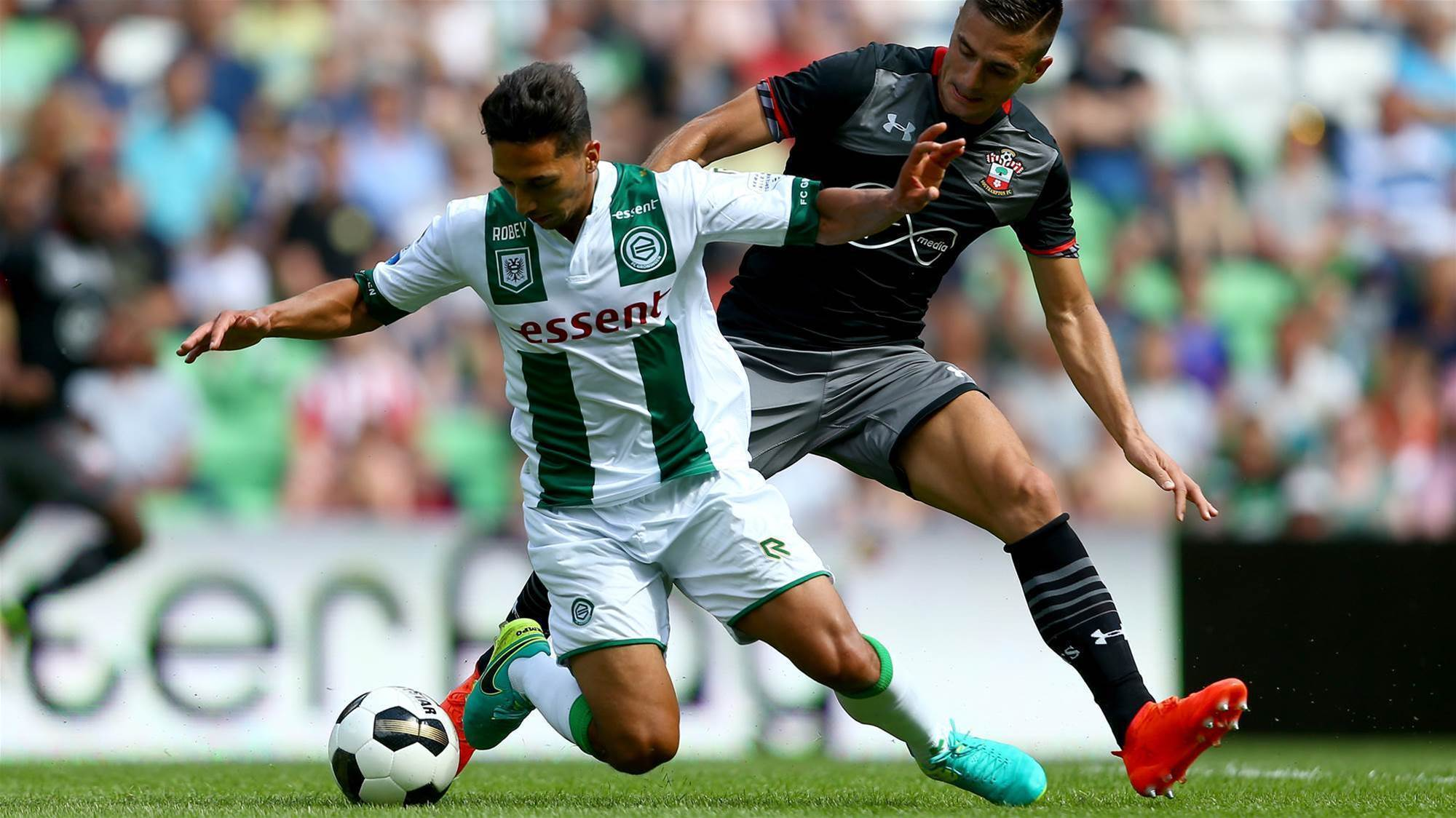 Mariners land Eredivisie midfielder