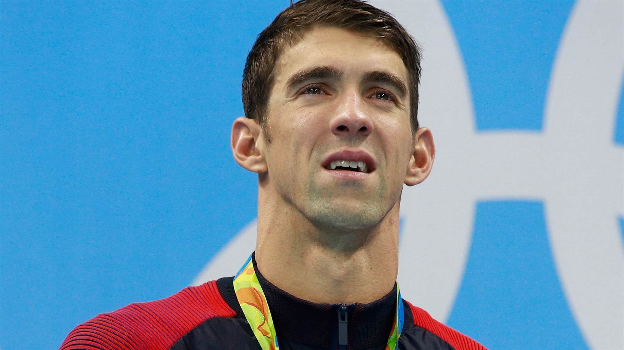 Michael Phelps races a Great White Shark