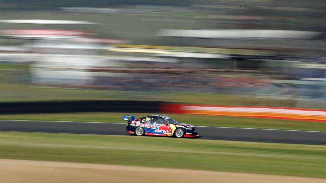 Whincup takes Bathurst pole