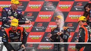 Davison wins drama-filled Bathurst 1000