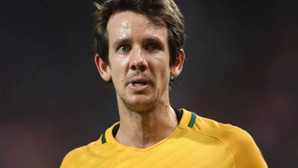 Kruse, Holland sign with Chinese club