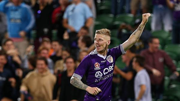 'Glory can score four for home final'