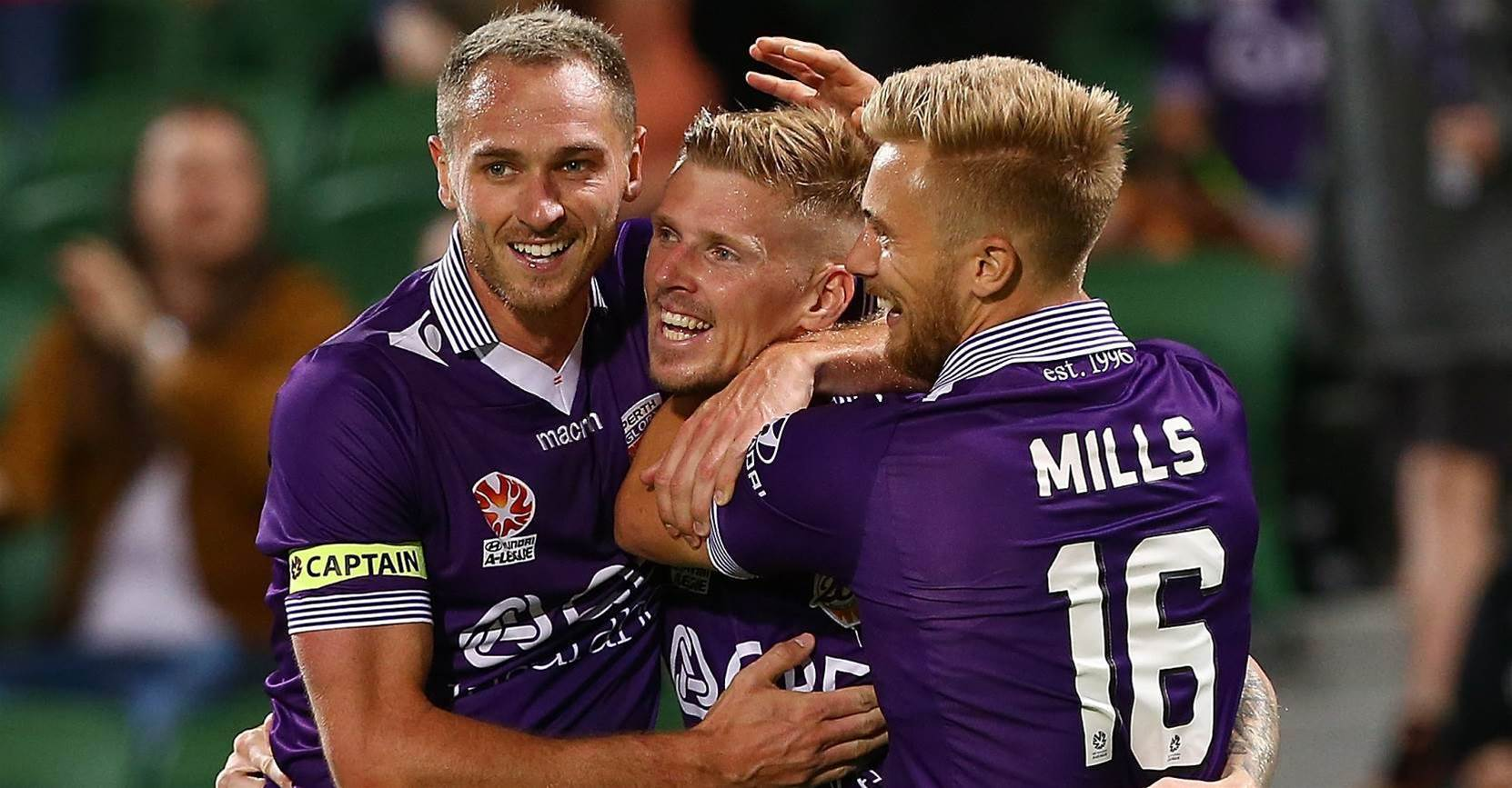 Glory to play Chilean friendly