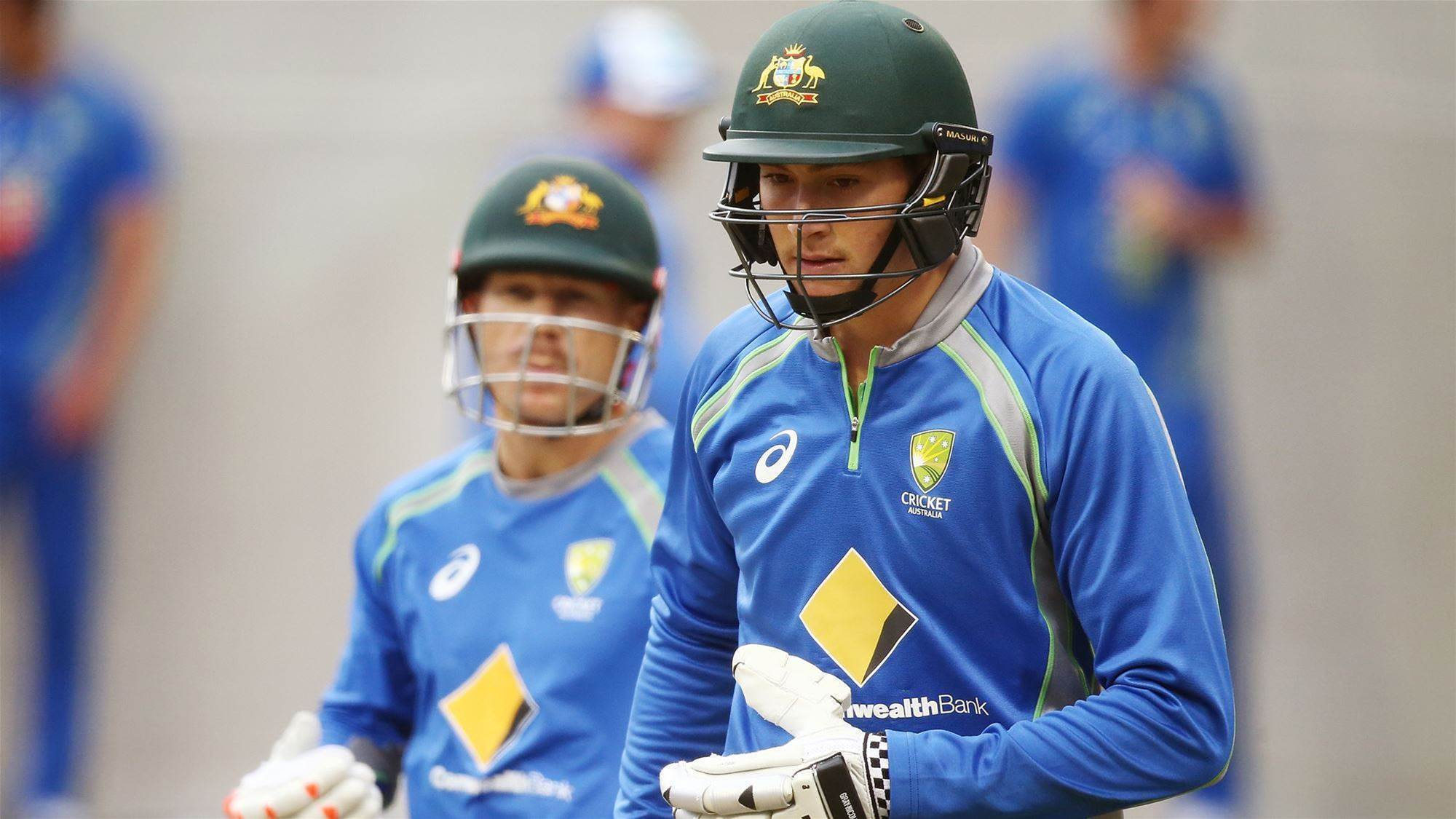 Warner keen to adapt to young Renshaw