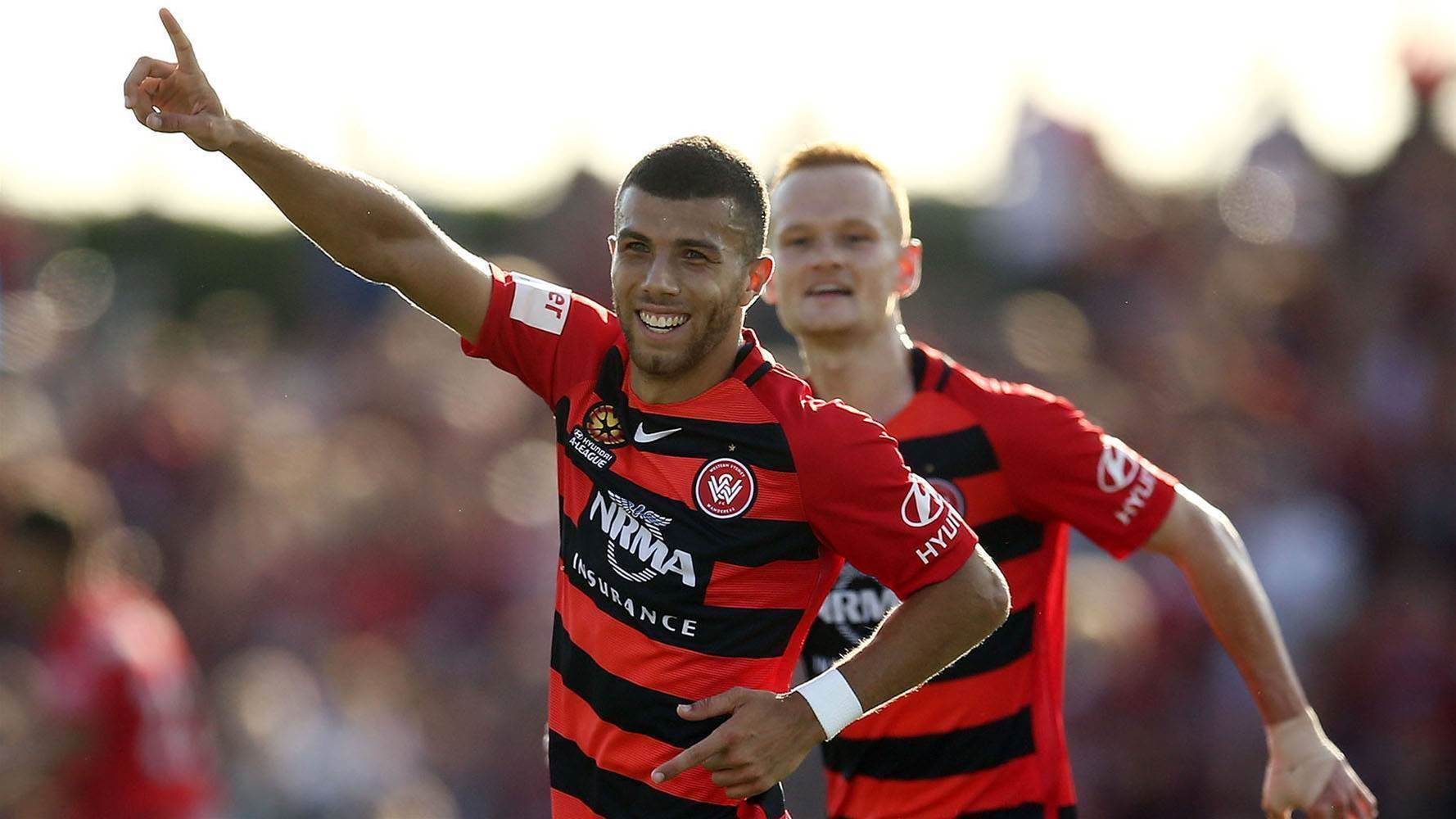Wanderers thrash Roar in Gold Coast friendly