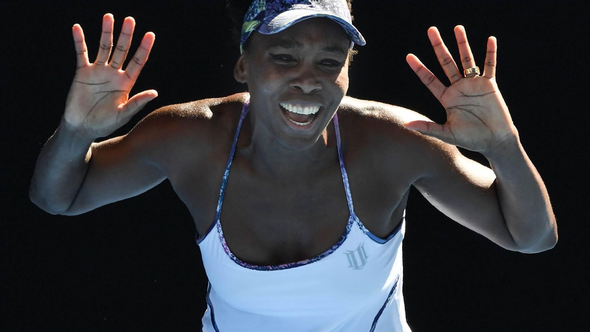 Venus Williams makes Aussie Open history