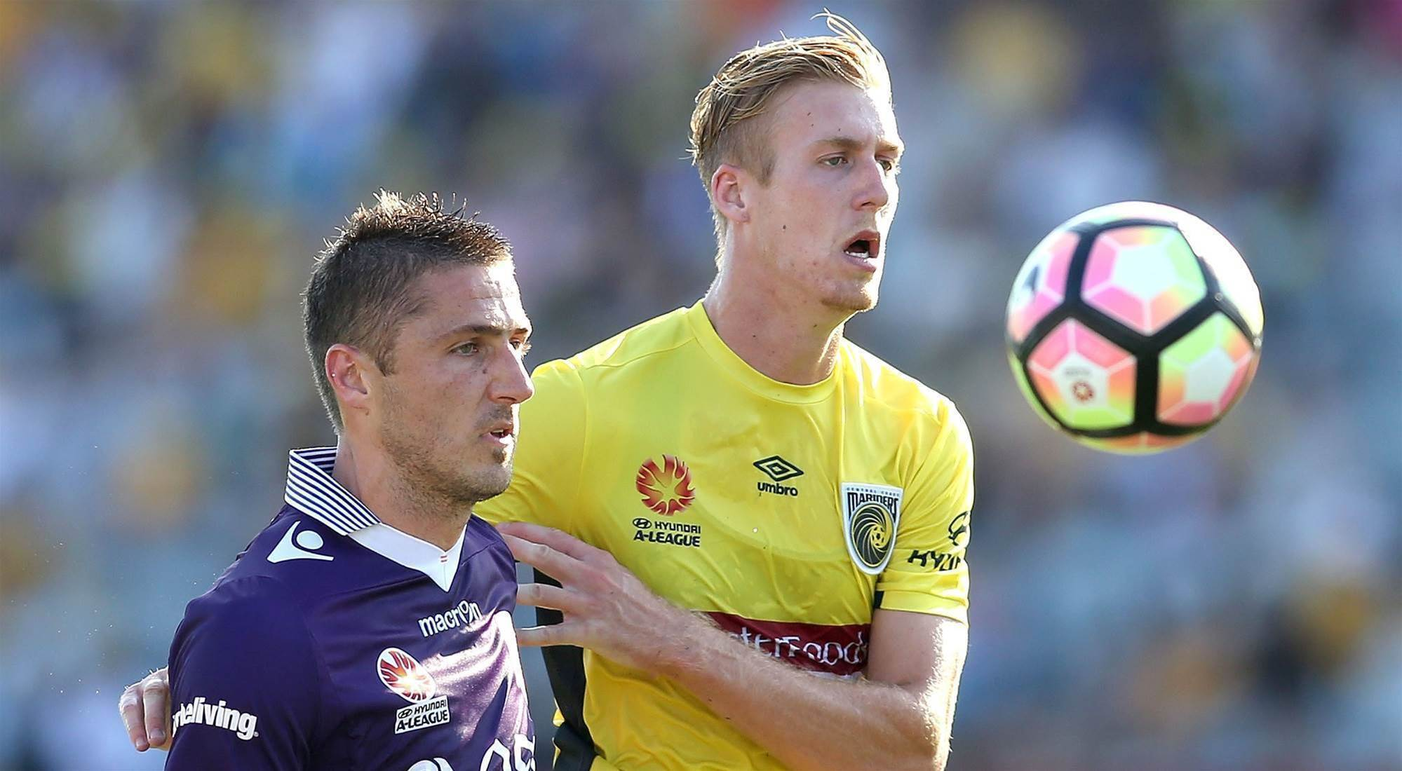 Bingham extends Mariners stay