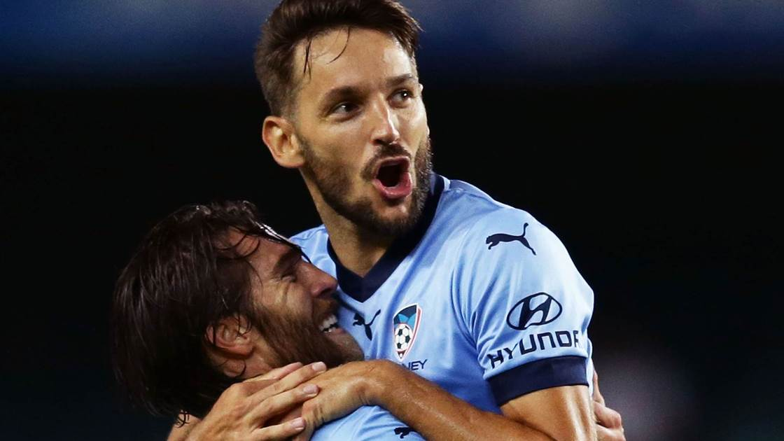 Ninkovic cleans up at Sky Blue Ball