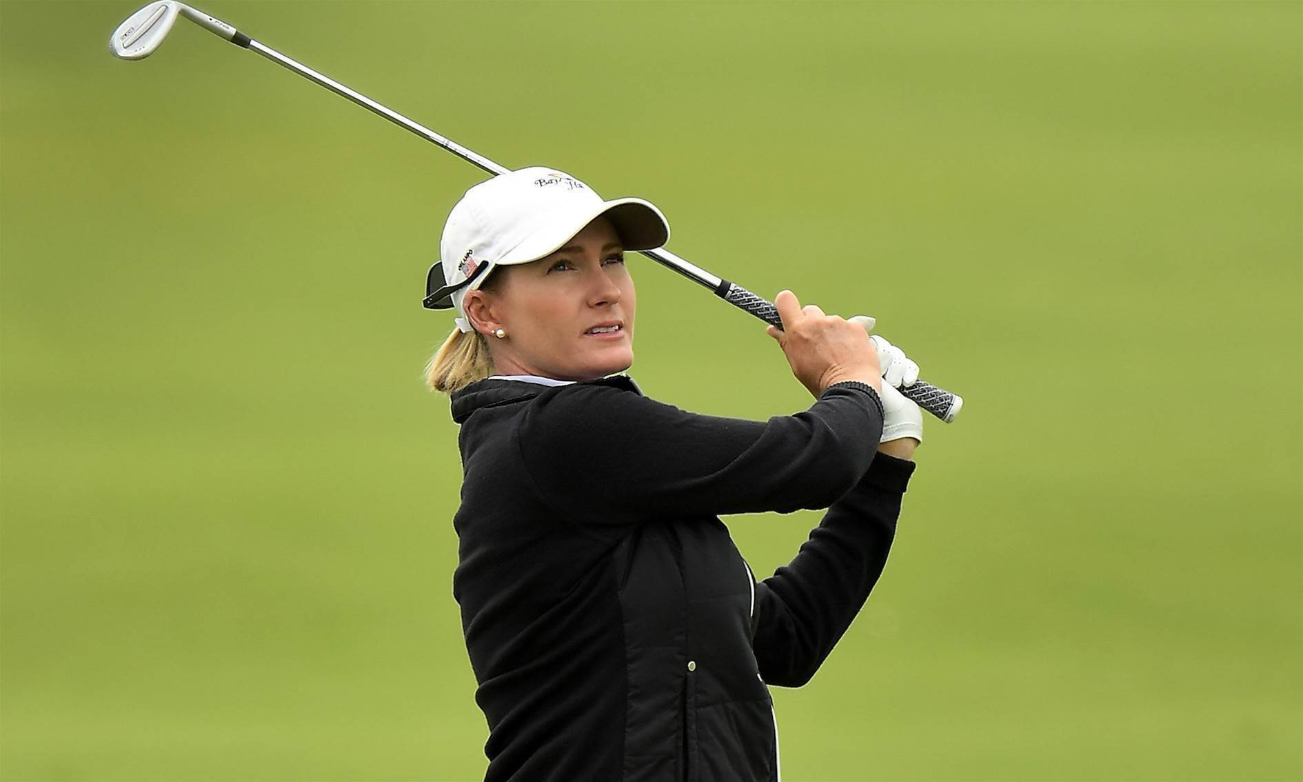 WOMEN'S OPEN: Smith's six sweet birdies snatch top spot