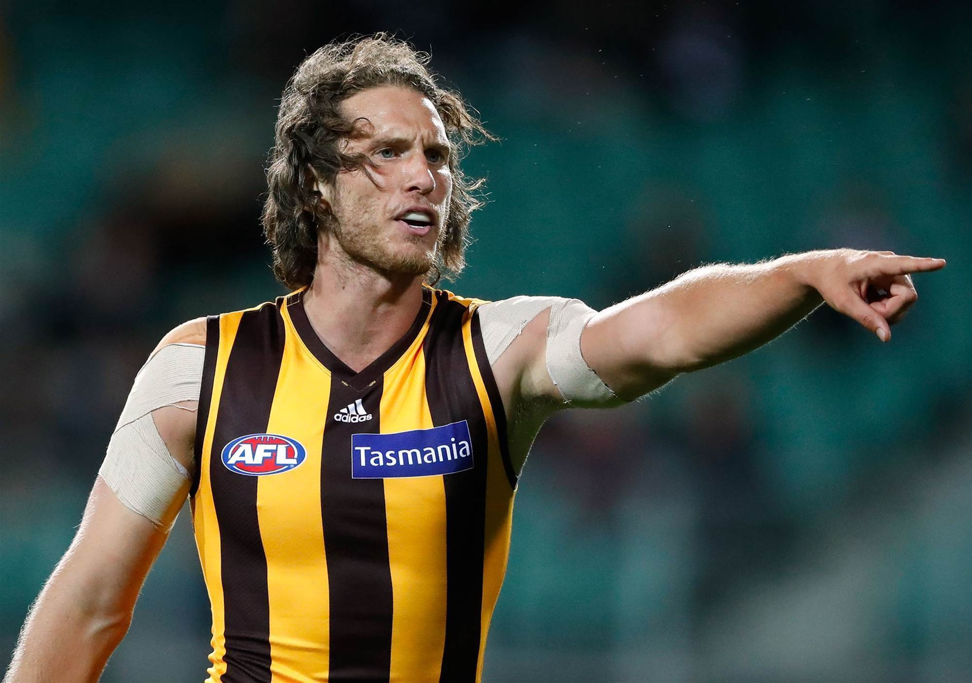 Vickery, 27, announces shock retirement from AFL