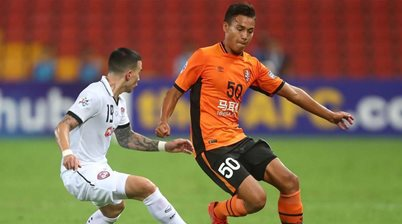 Ingham extends Roar deal