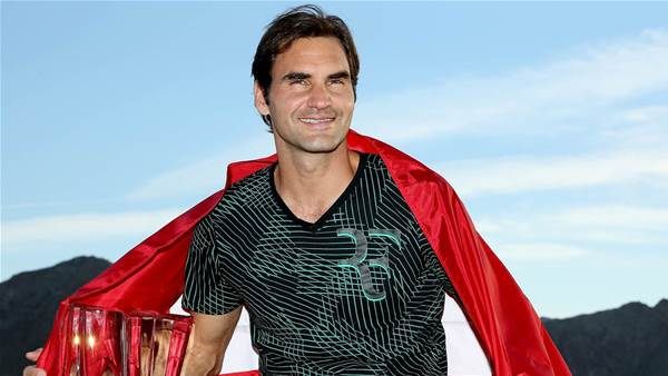 Federer downs Wawrinka in California