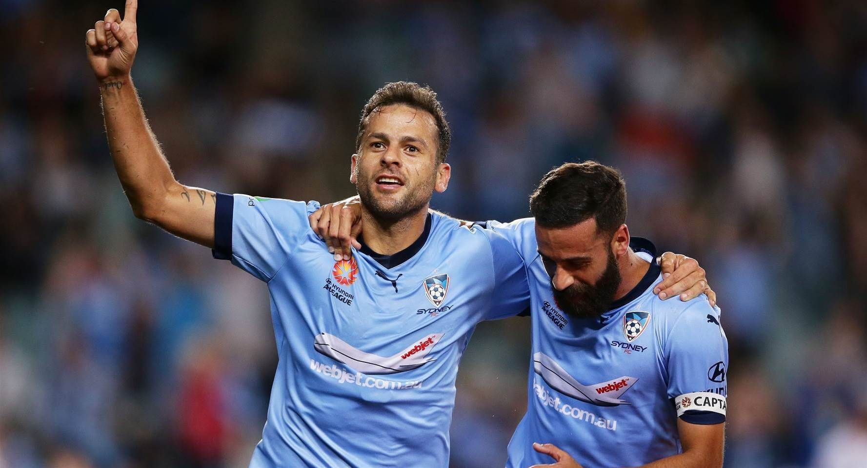 Sydney re-sign marquee man