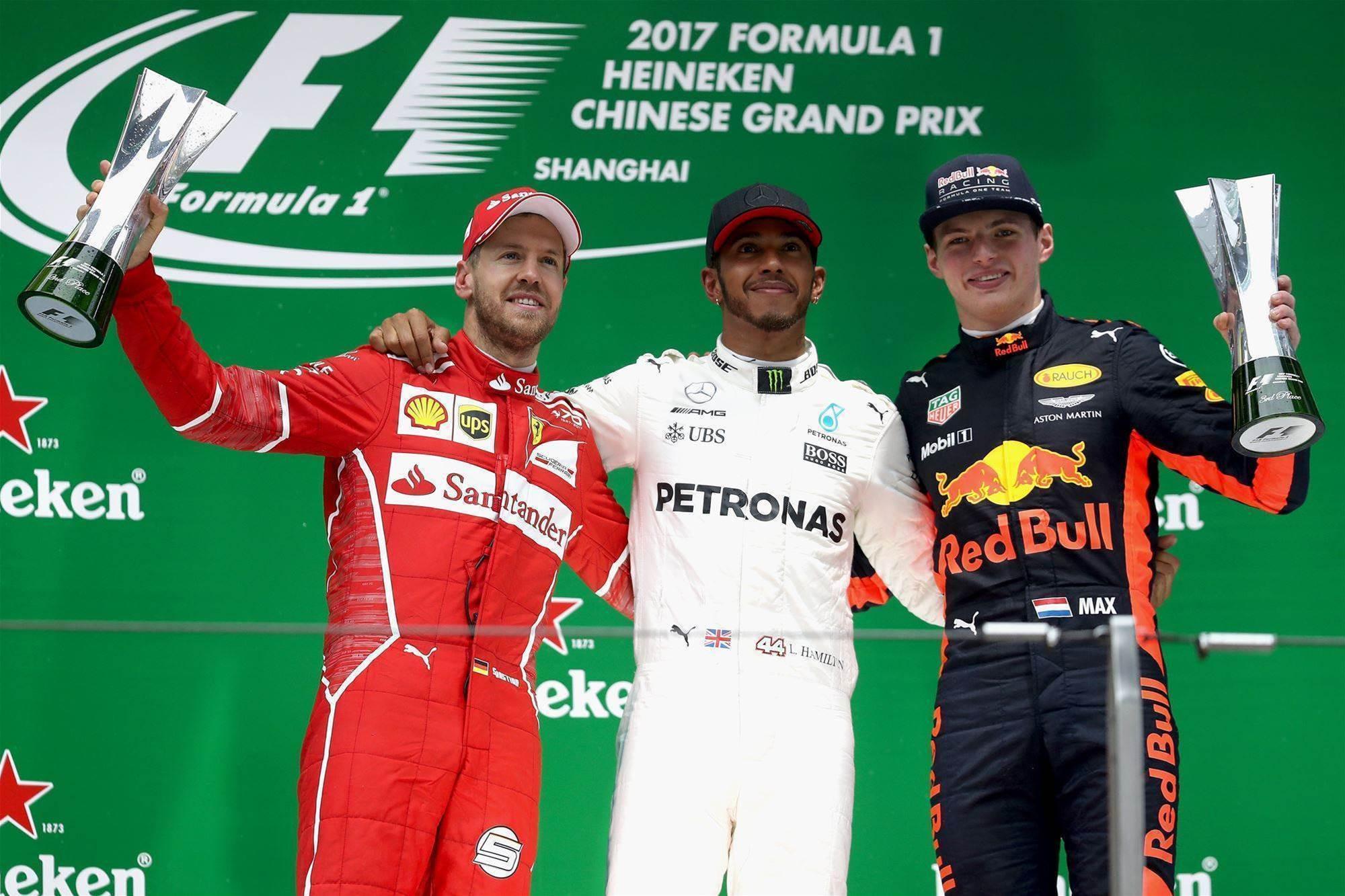 Hamilton hits back in China