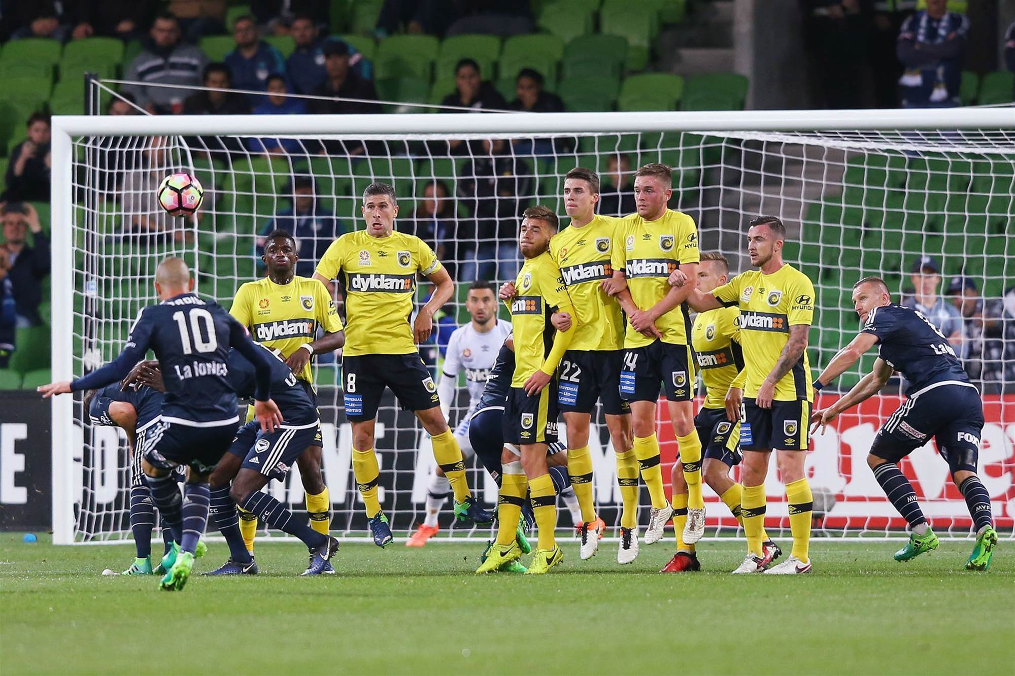 Okon hails improved Mariners and the end of the Maccas stopover