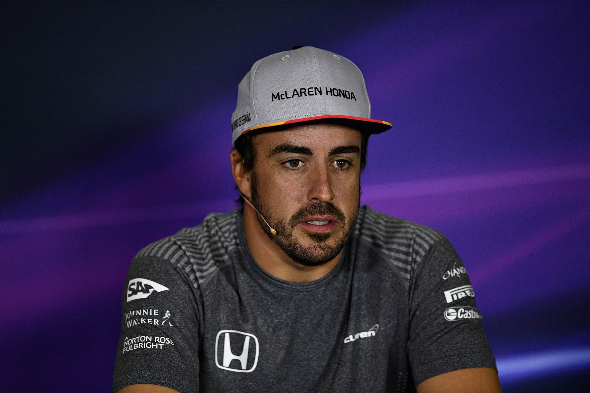 Alonso threatens to quit F1