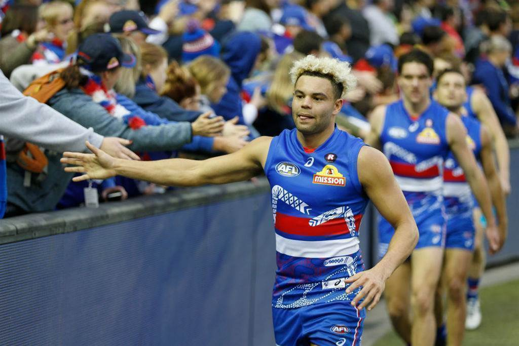 Johannisen re-commits to Bulldogs