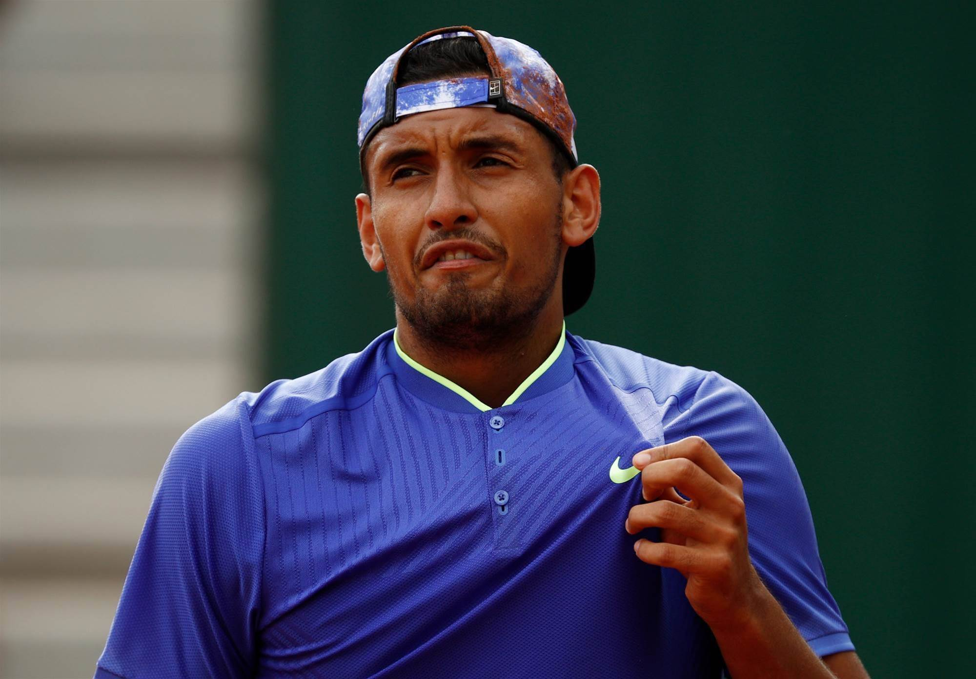Kyrgios smashes racket in French Open defeat