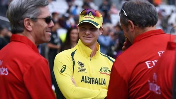 Smith slams 'pretty ordinary' bowlers