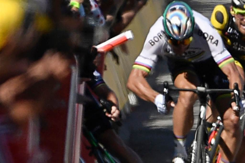 Sagan claims innocence after Tour de France disqualification