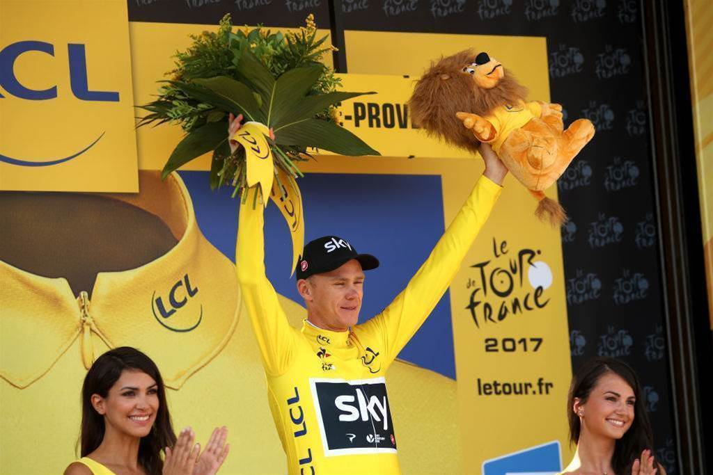 Froome on brink of Tour de France glory