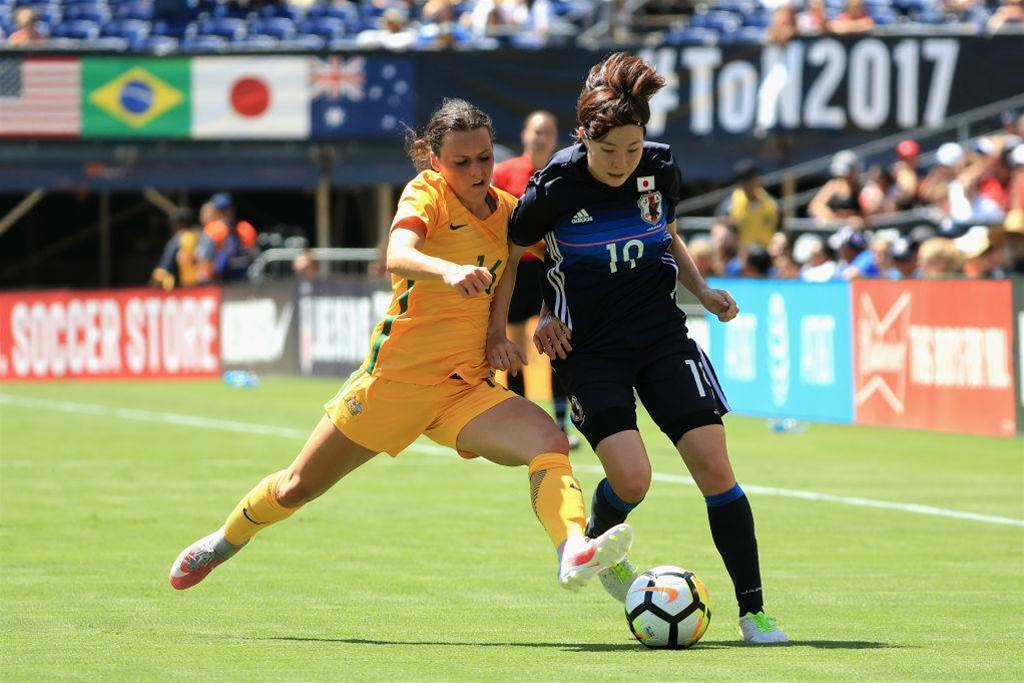 Roar sign Matildas winger