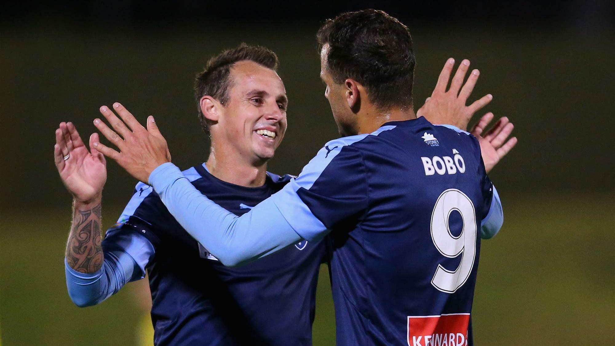 Bobo shines as Sydney FC down Glory