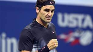 Federer survives US Open scare