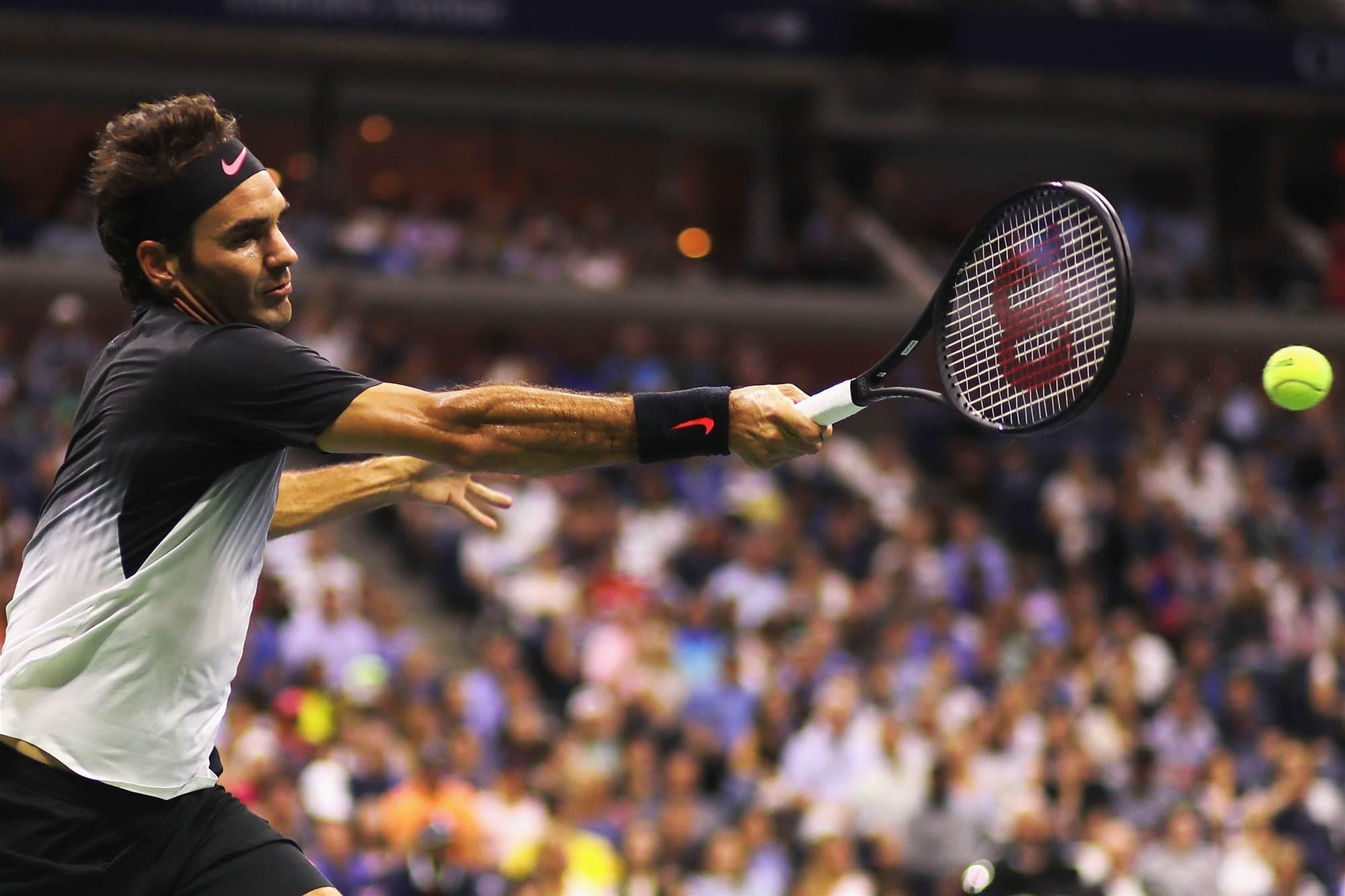 Federer's injury scare