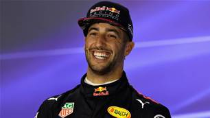 VIDEO: Ricciardo farts during press conference