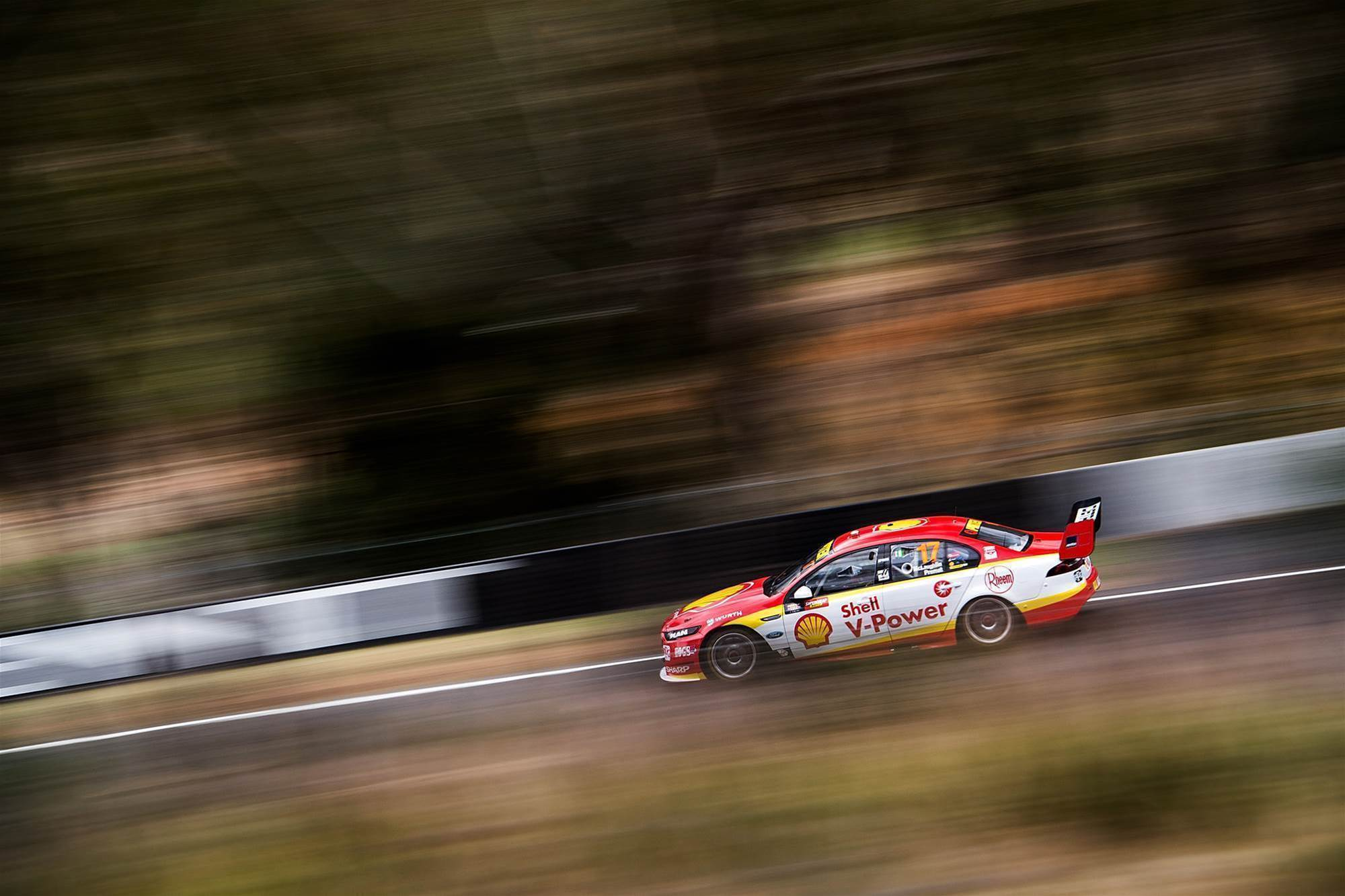 McLaughlin claims provisional Bathurst pole