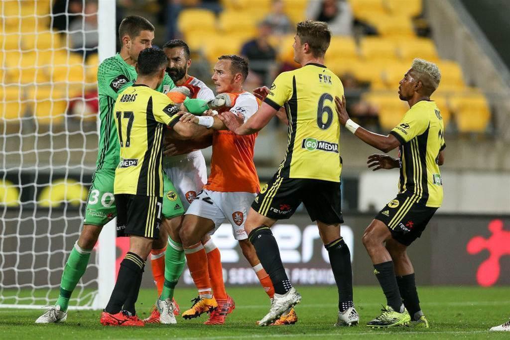 Maccarone slams 'disrespectful' Phoenix keeper