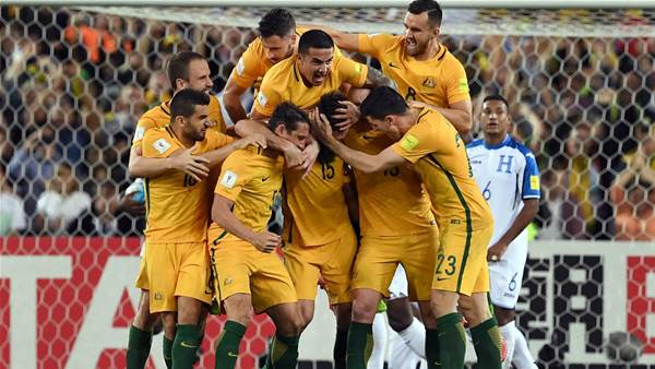 Jedinak fires Socceroos through to fourth straight World Cup