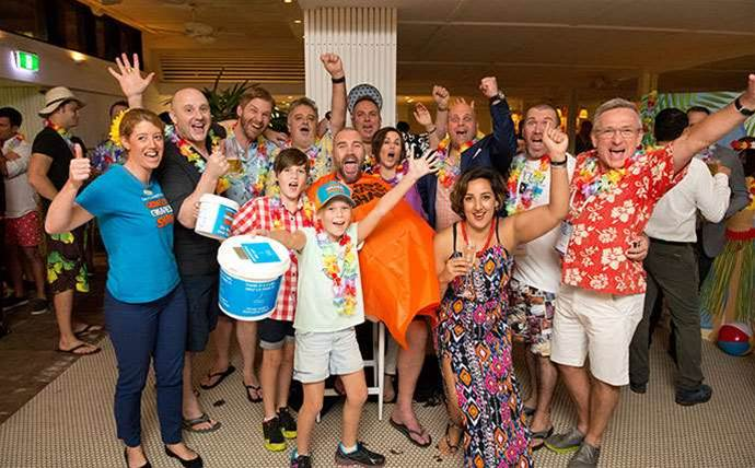 CRN sales boss shaves head at Pipeline cancer fundraiser