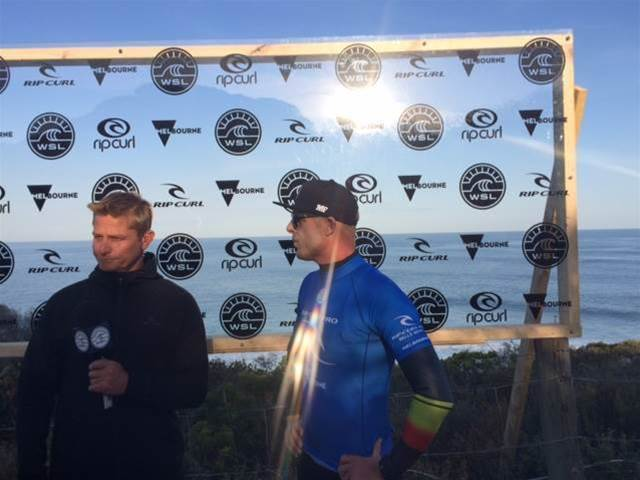 Mick Fanning Gets The Goat (Slater)