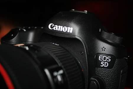 Canon EOS 5D Mark III officially launched