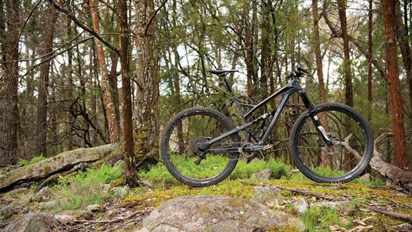 TESTED: YT Jeffsy CF Comp 1