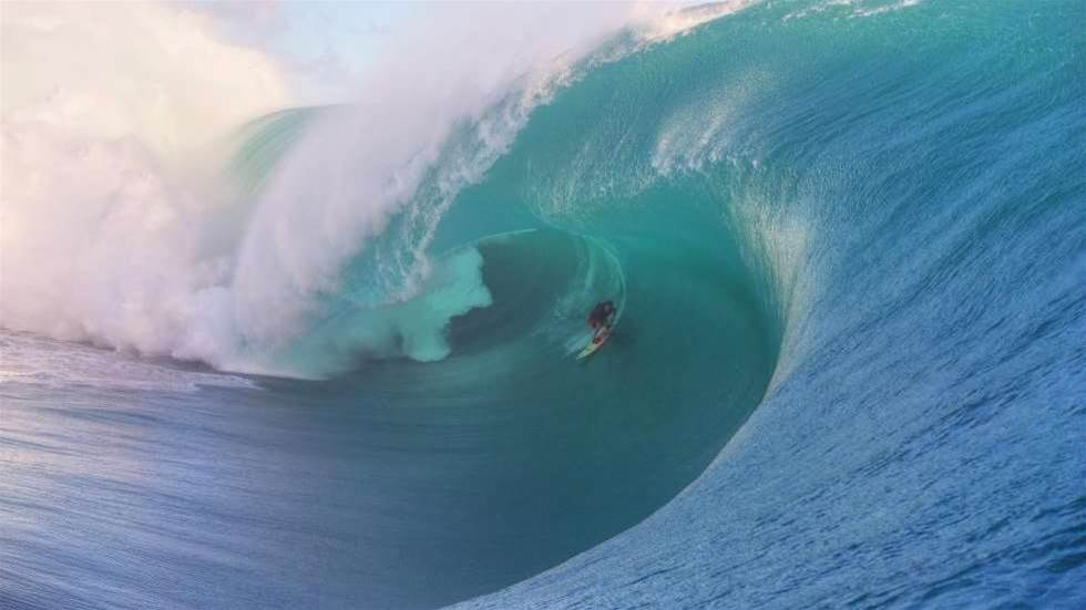 The Girls who want a piece of Teahupoo too
