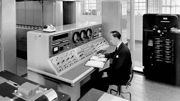 Retro tech: First business computer LEO turns 60 today